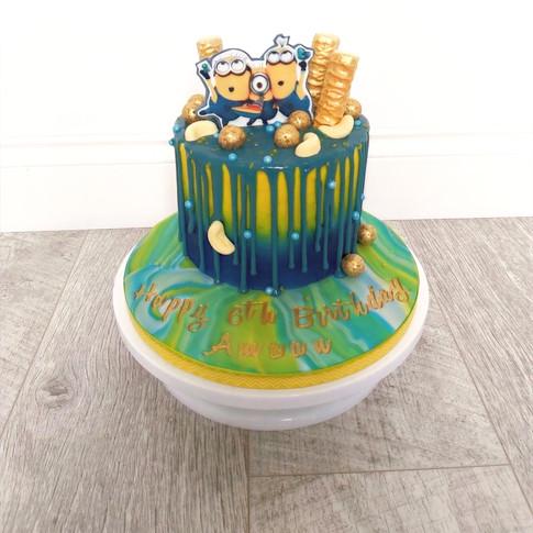 Edible image drip cake