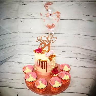 Balloon drip cake
