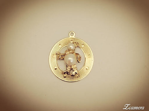14k Yellow Gold & Cultured Peal Charm