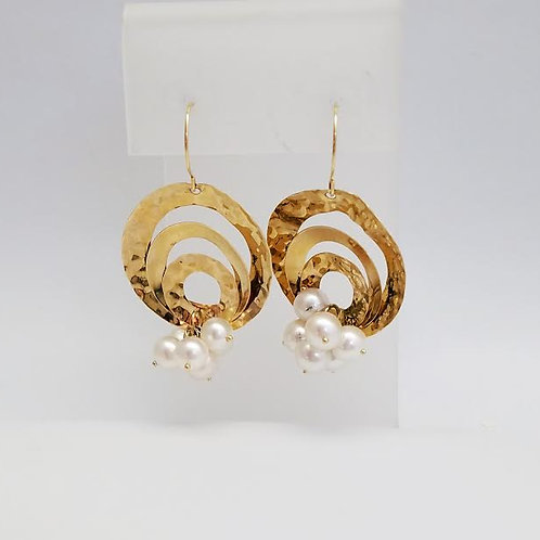 14k Yellow Gold & White Pearl Earrings