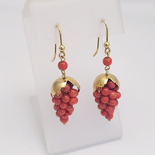 18k Yellow Gold & Coral Earrings