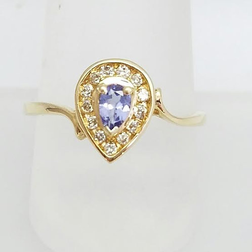 !4k Yellow Gold, Tanzanite & Diamond Ring