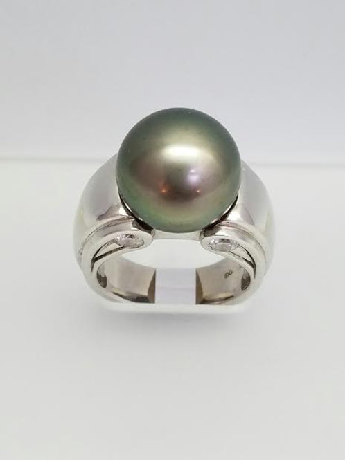18k White Gold, Black Tahitian Pearl & Diamond Ring