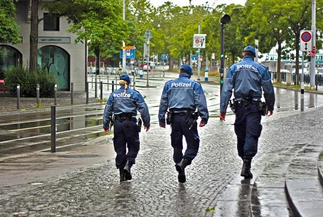 Patrulla policial en Alemania