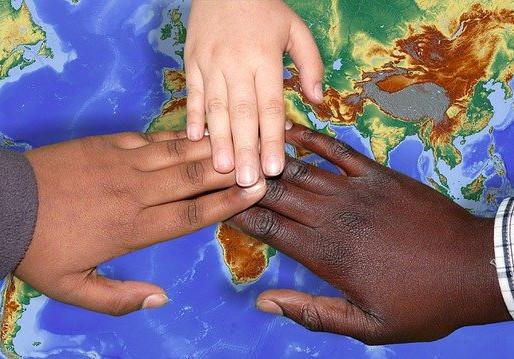 Inmigración irregular: amiga para unos, enemiga para otros