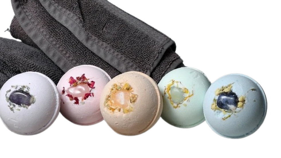 APT 6 SKIN CO Gemstone Bath Bombs