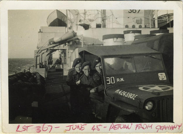 Jeep_on_ship_home45