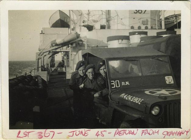Jeep_on_ship_home45