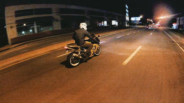 CB929 Motorcycle, Modern Classic