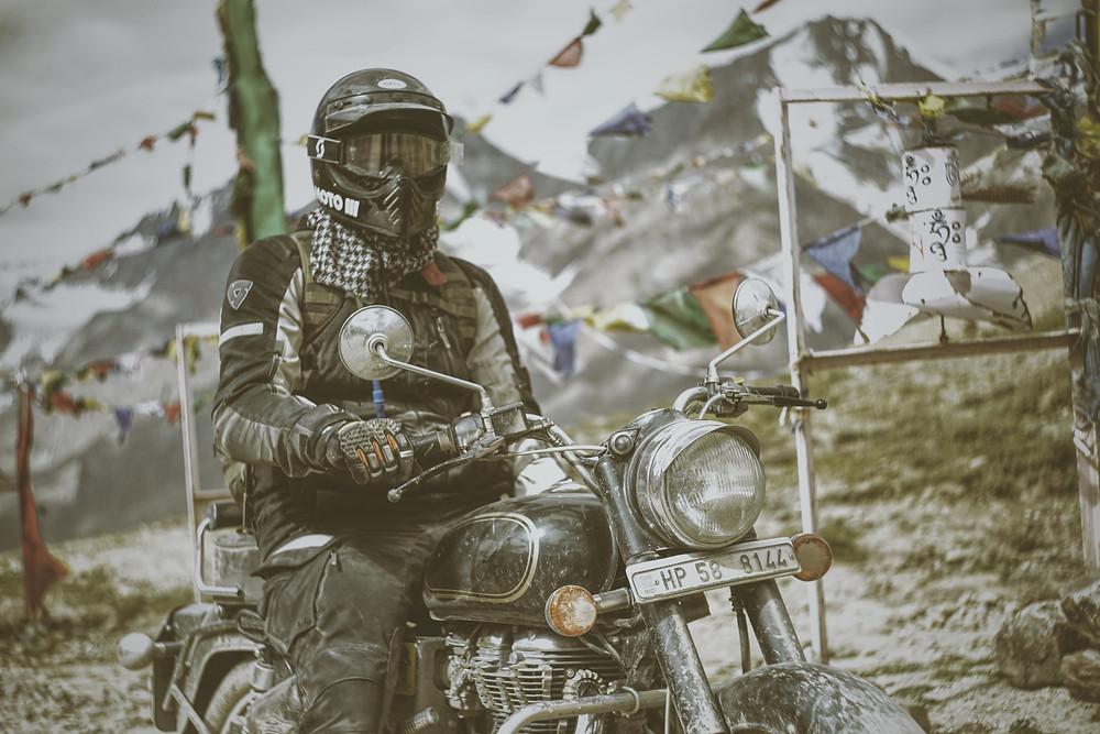 DUNN LEWIS, Motorcycle Adventure, Bell Moto 3, Motorcycle Helmet, Motorcycle Gear, Royal Enfield, CaferaceXXX