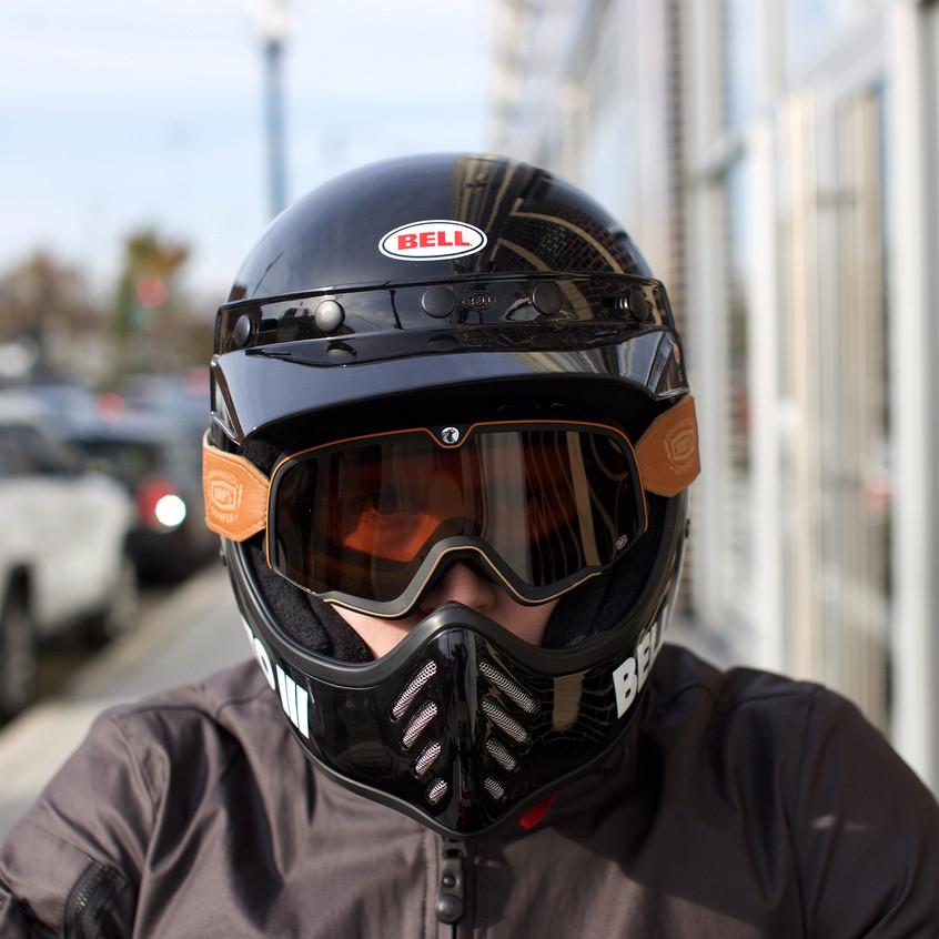 Bell Moto III Motorcycle Helmet