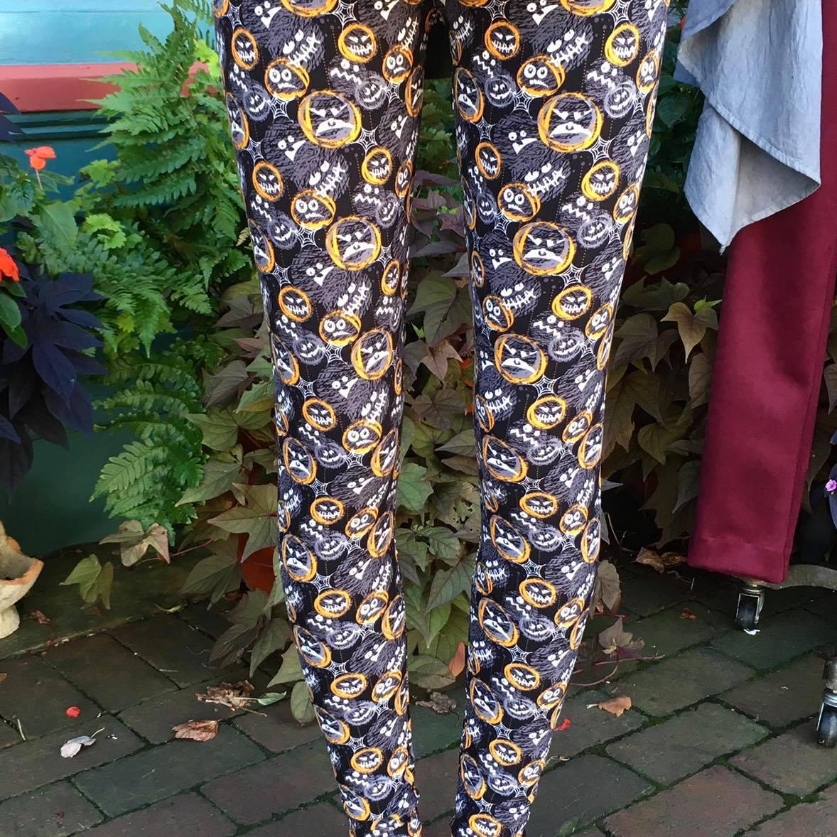 Holiday leggins