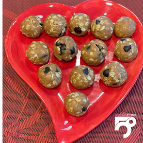 No-Bake Oatmeal/Peanut Butter Energy Balls