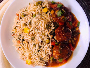 Fried rice with restaurant style Veg Manchurian