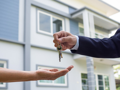 5 Tips to Help Sell Your House Faster Than Your Neighbors