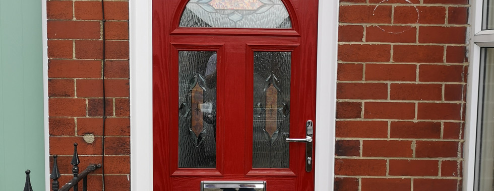 Bright Red Bannockburn 3 with Copperplate Glass.
