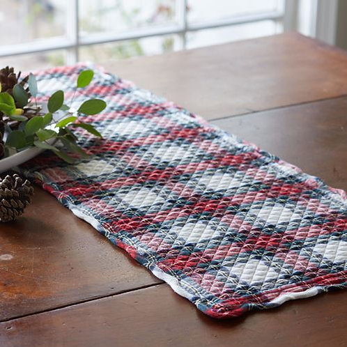 Taylor Linens Aberdeen Quilted Table Runner