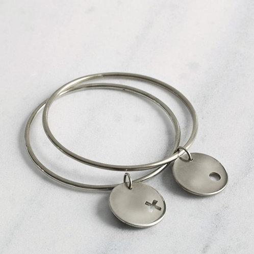 "Mulxiply ""XO"" Sterling Silver Bangle set (small/medium - two bracelets)"