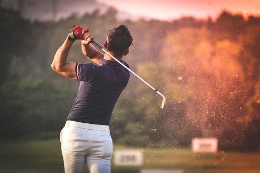 מרפק גולף.jpg