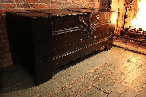 Westphalian oak chest