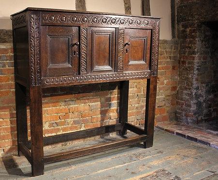 Small 17th century oak cupboard