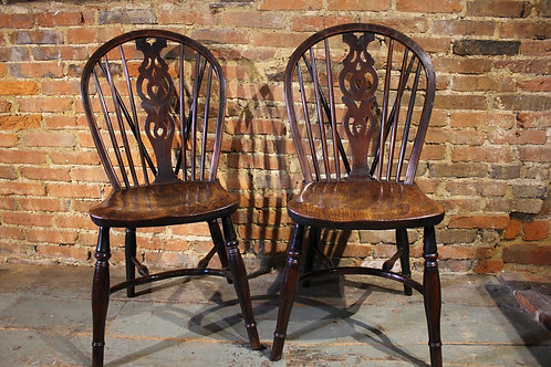 Matched pair of 19th century yew and elm Windsor chairs