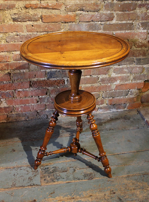 Unusual 19th century cherry cricket table.