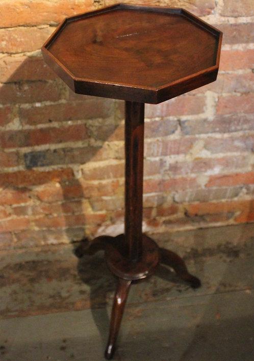 Small 19th century tripod table