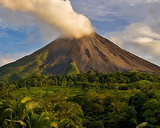 arenal-volcano.jpg