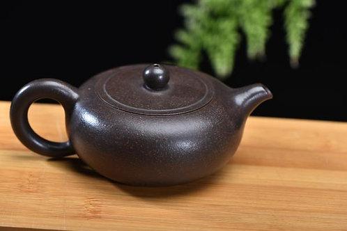 """Hei Jin Gang Clay """"Bian Xian Fang Gu"""" Yixing Teapot by Yan Li"""
