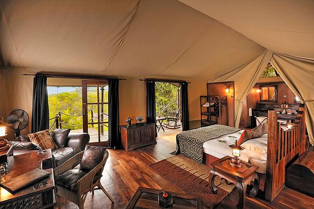 tent-interior-at-serengeti.jpg