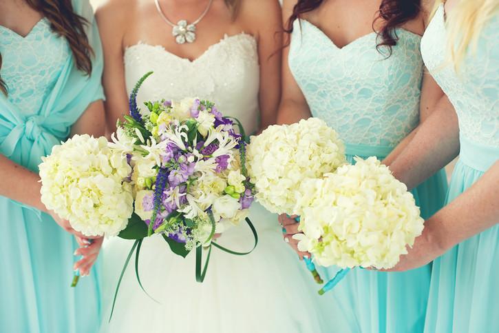 Mariée et demoiselles d'honneur
