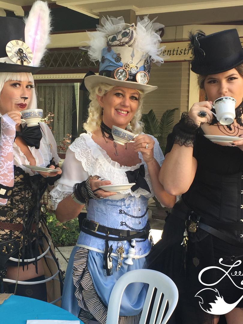 Leesie Foxx White Rabbit Steampunk Oxnard Steampunkfest 2018