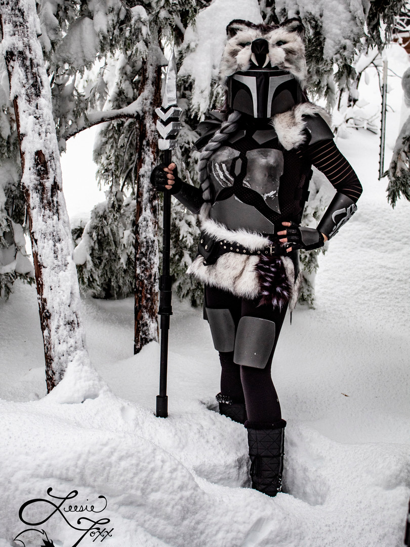 Leesie Foxx Winter Mandalorian Thanksgiving 2019