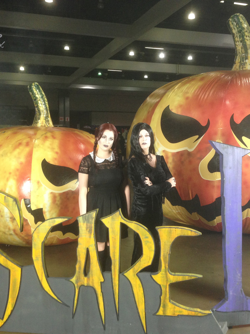 Leesie Foxx Wednesday Addams Scare LA 2017