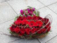 Valentijn bloemstuk door Natys Floral Design & Services