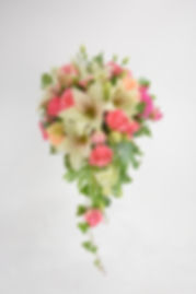 Winter Wedding Bouquet door Natys Floral Design & Services.
