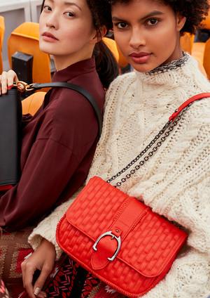 Longchamp_Handtasche.jpg