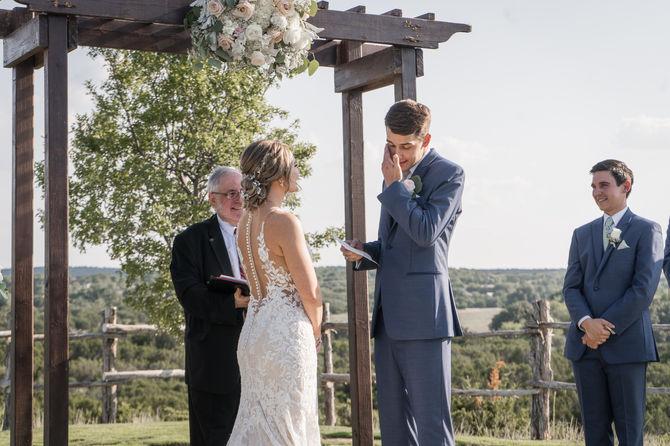 Dove Ridge Vineyards Wedding-11.JPG