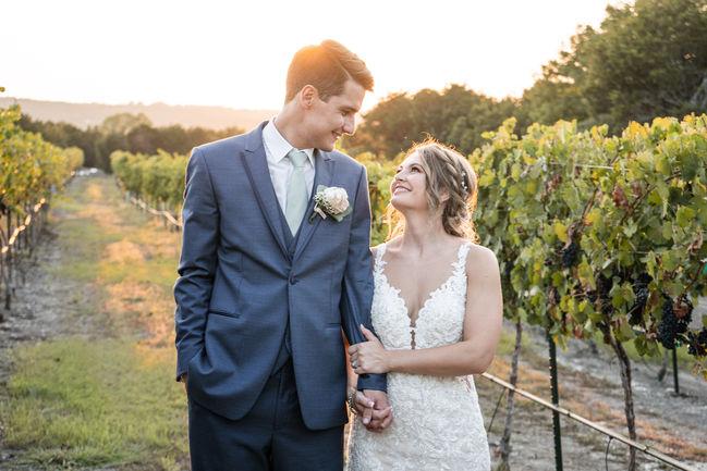 Dove Ridge Vineyards Wedding-21.JPG