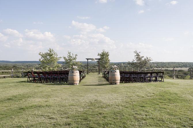 Dove Ridge Vineyards Wedding-5.JPG