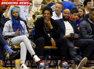 JAY-Z COURTSIDE AT DUKE HOOPS GAME ... Recruiting Zion?