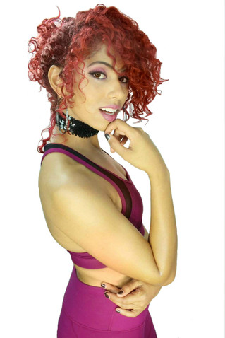 Emerging R&B Pop artist Shenna debuts  new single on KRXM today at 12pm CST