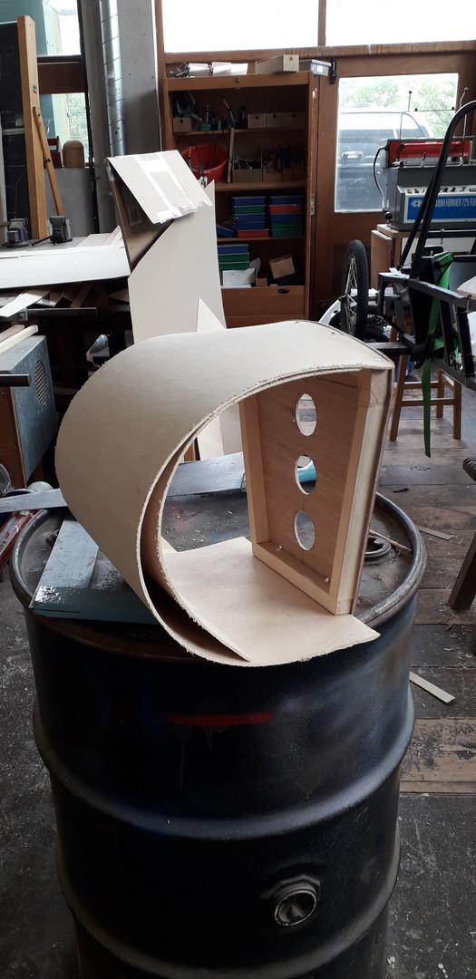 Creu trwyn y car / Creating the nose cone
