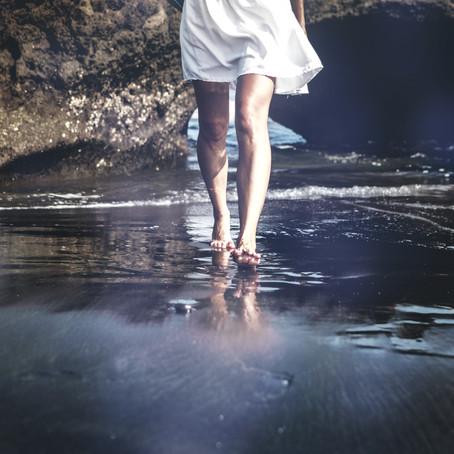 Marcher pieds nus, c'est le pied!