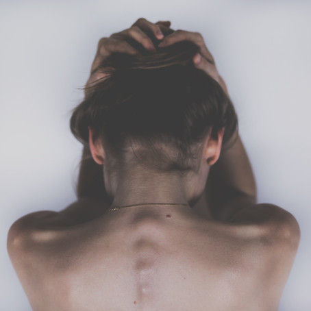 Sclérose en plaque : la réflexologie plantaire comme soin de support