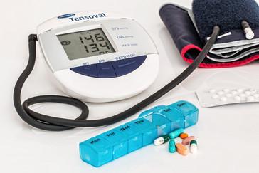 Infarmed manda retirar lotes de medicamento para hipertensão