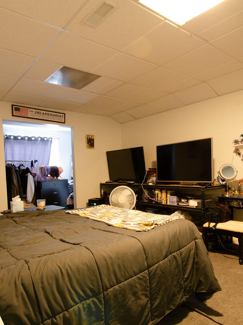 5th Bedroom 1.jpg