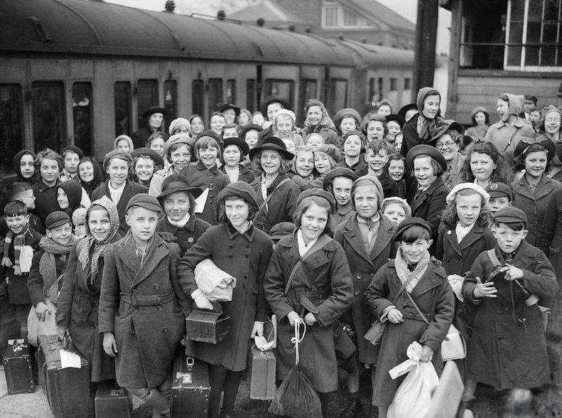 Evacuees at station.jpg