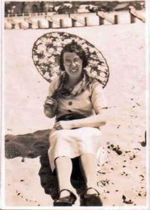 Gladys Miles.jpg